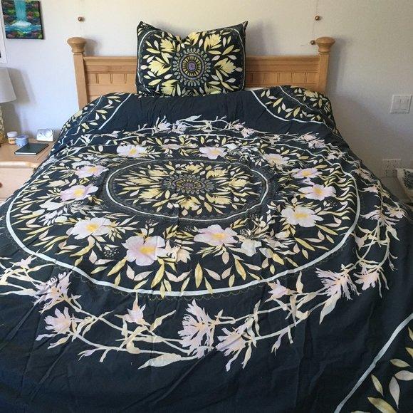 Urban Outfitters Bedding Twin Comforter W Matching Sham Poshmark